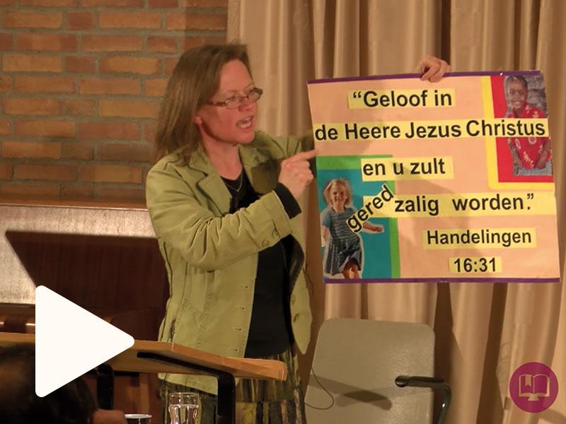 Hoe leer ik kinderen een Bijbeltekst aan?